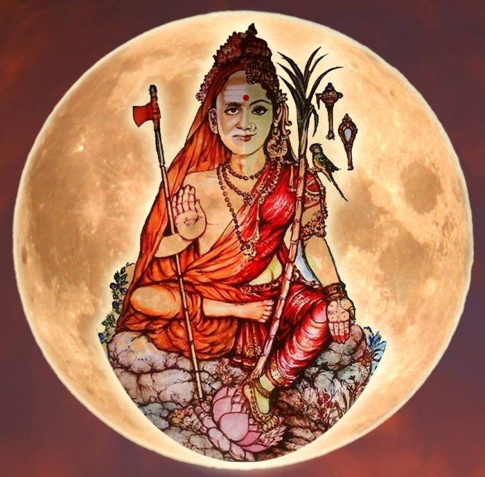 Periyava_Kamakshi_in_moon
