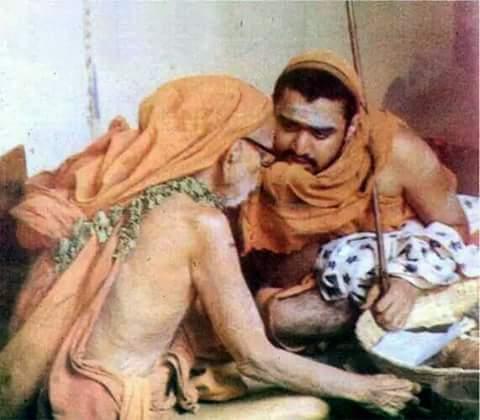 Balaperiyava_with_mahaperiyava