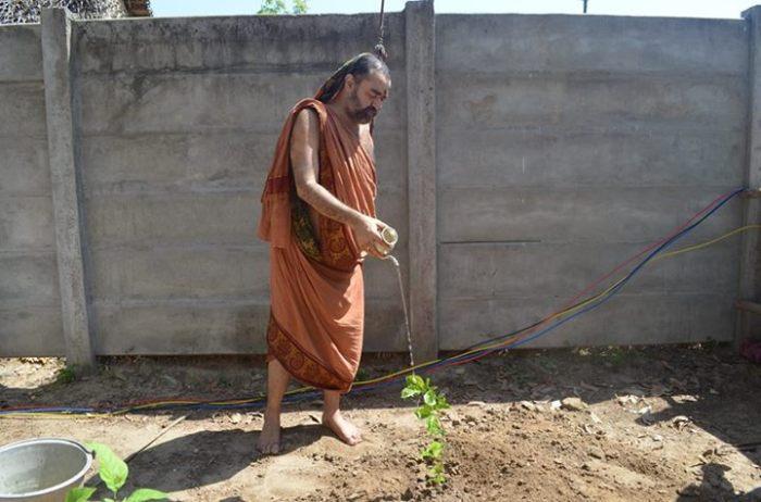 Balaperiyava_watering_plants
