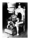 Periyava_sitting_on_throne