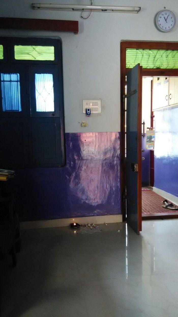 Periyava_swaroopam_on_wall