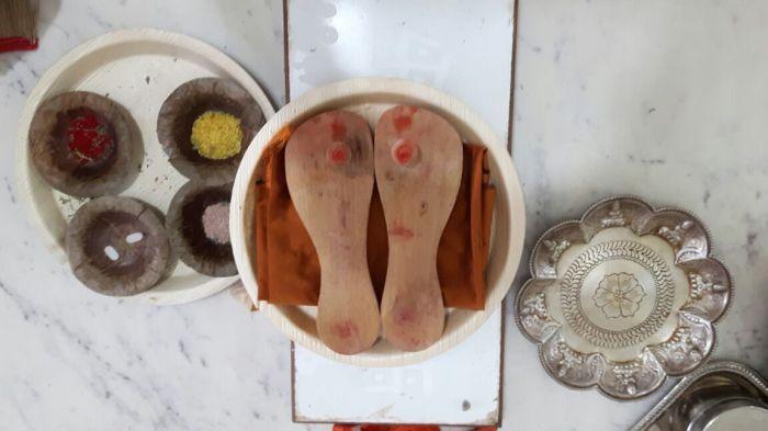Periyava Padhuka-6