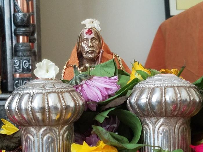 Periyava-vigraham2