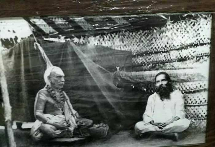 Mahaperiyava-Yogi-Suratkumar.jpg