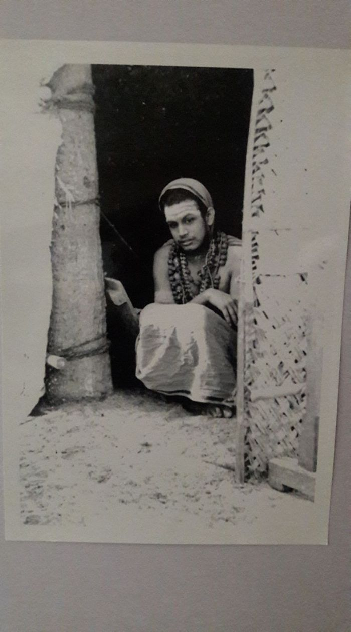 Pudhu-Periyava-young2