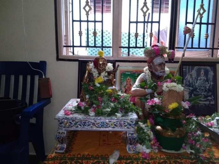 Periyava-small-vigraham3