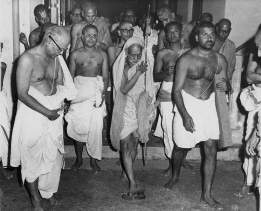 Periyava-coming-out-of-a-room-rare