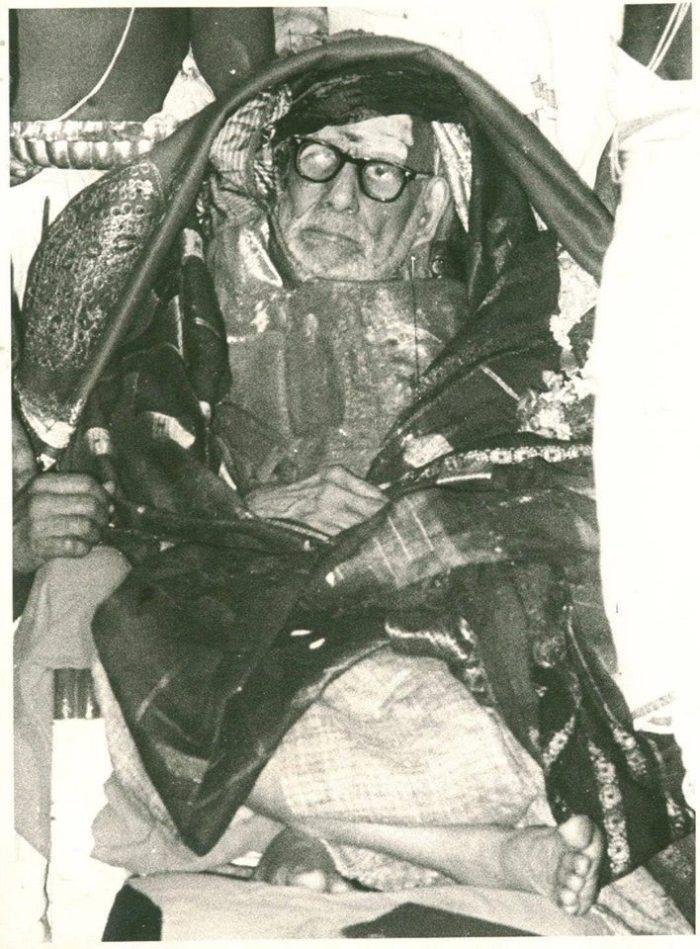 Periyava-shawl